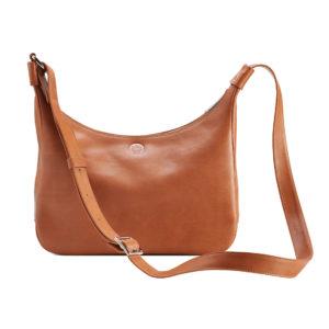 Sonnenleder Tasche Venedig L in der Farbe Natur. Der Riemen ist lang und verstellbar. Die Tasche kann als Crossbody Bag getragen werden.